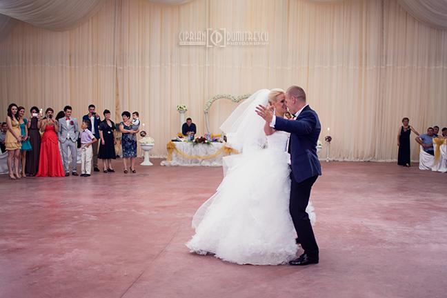 093-Fotografie-nunta-Cristiana-Marius-fotograf-Ciprian-Dumitrescu