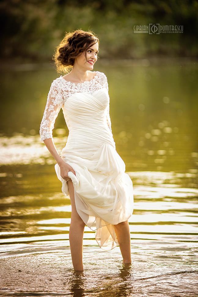 11-Trash-the-dress-Alina-Alex-Comana-fotograf-Ciprian-Dumitrescu