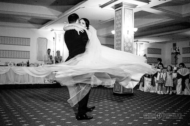 47-Fotografie-nunta-Oana-Stefan-Buzau-fotograf-nunta-Ciprian-Dumitrescu