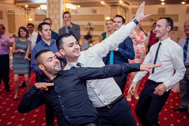 65-Fotografie-nunta-Oana-Stefan-Buzau-fotograf-nunta-Ciprian-Dumitrescu
