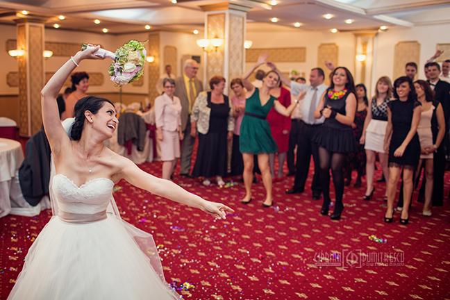 70-Fotografie-nunta-Oana-Stefan-Buzau-fotograf-nunta-Ciprian-Dumitrescu