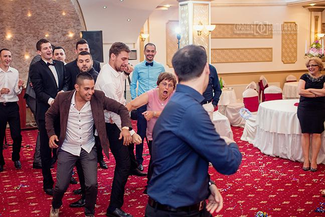 77-Fotografie-nunta-Oana-Stefan-Buzau-fotograf-nunta-Ciprian-Dumitrescu