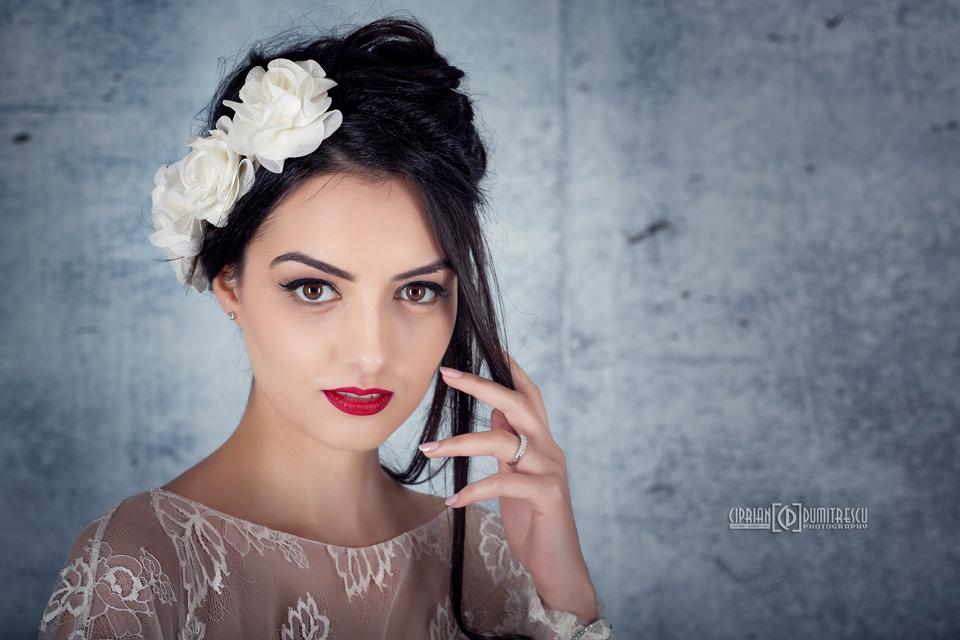 092A7819-Fotografii-studio-rochii-mireasa-ciprian-dumitrescu
