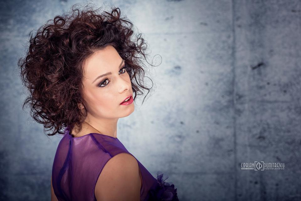 092A7836-Fotografii-studio-rochii-mireasa-ciprian-dumitrescu