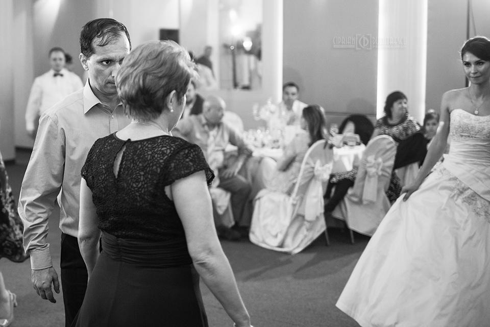 129-Foto-nunta-Monica-Mihai-fotograf-Ciprian-Dumitrescu