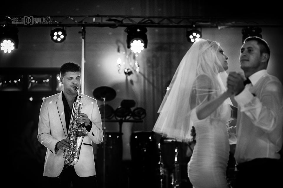 72-Fotografie-nunta-Andreea-Ciprian-Falticeni-fotograf-Ciprian-Dumitrescu