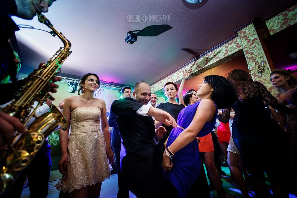 85-Fotografie-nunta-Andreea-Ciprian-Falticeni-fotograf-Ciprian-Dumitrescu
