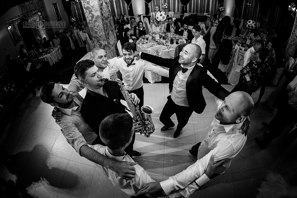 91-Fotografie-nunta-Andreea-Ciprian-Falticeni-fotograf-Ciprian-Dumitrescu