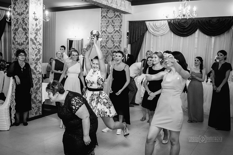 96-Fotografie-nunta-Andreea-Ciprian-Falticeni-fotograf-Ciprian-Dumitrescu