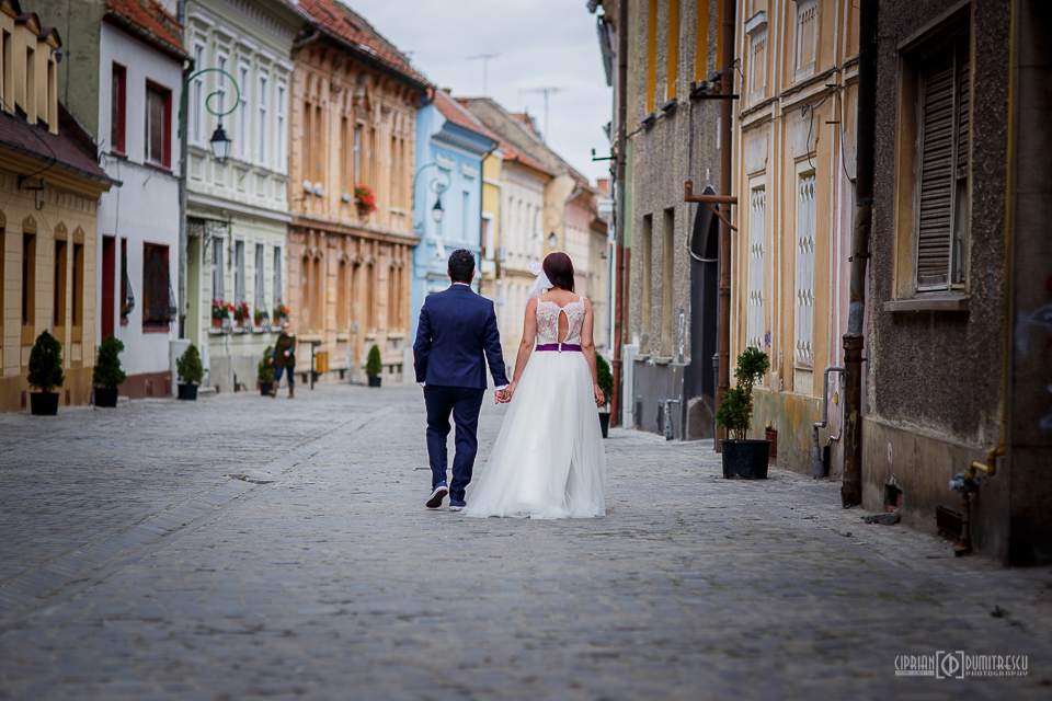 16-Trash-the-dress-Andreea-Andrei-Brasov-foto-Ciprian-Dumitrescu