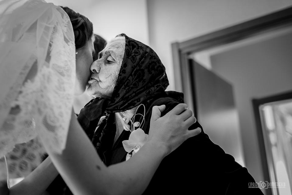 31-Fotografie-nunta-Aida-Mircea-Bucuresti-fotograf-Ciprian-Dumitrescu