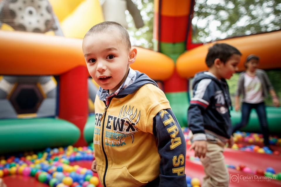 013-Community-Aid-Insula-Copiilor-29-mai-2015-fotoreportaj-de-Ciprian-Dumitrescu