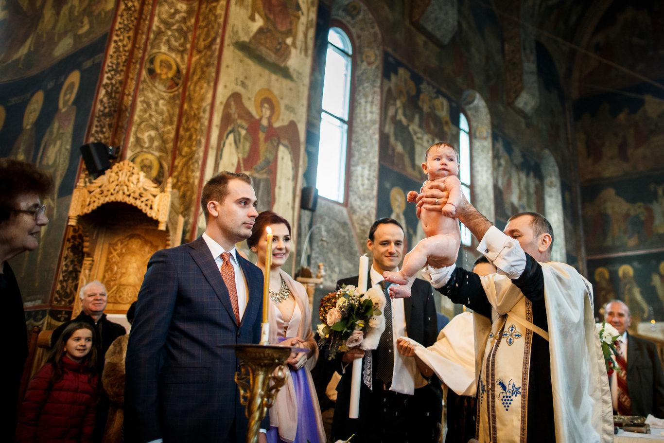 0294-Fotografie-botez-Bianca-fotograf-Ciprian-Dumitrescu-DC1X2771