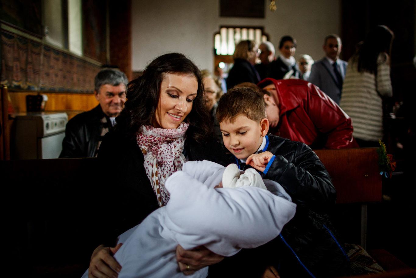 0005-Fotografii-botez-gemeni-Corina-Victor-fotograf-Ciprian-Dumitrescu-DCF_9423