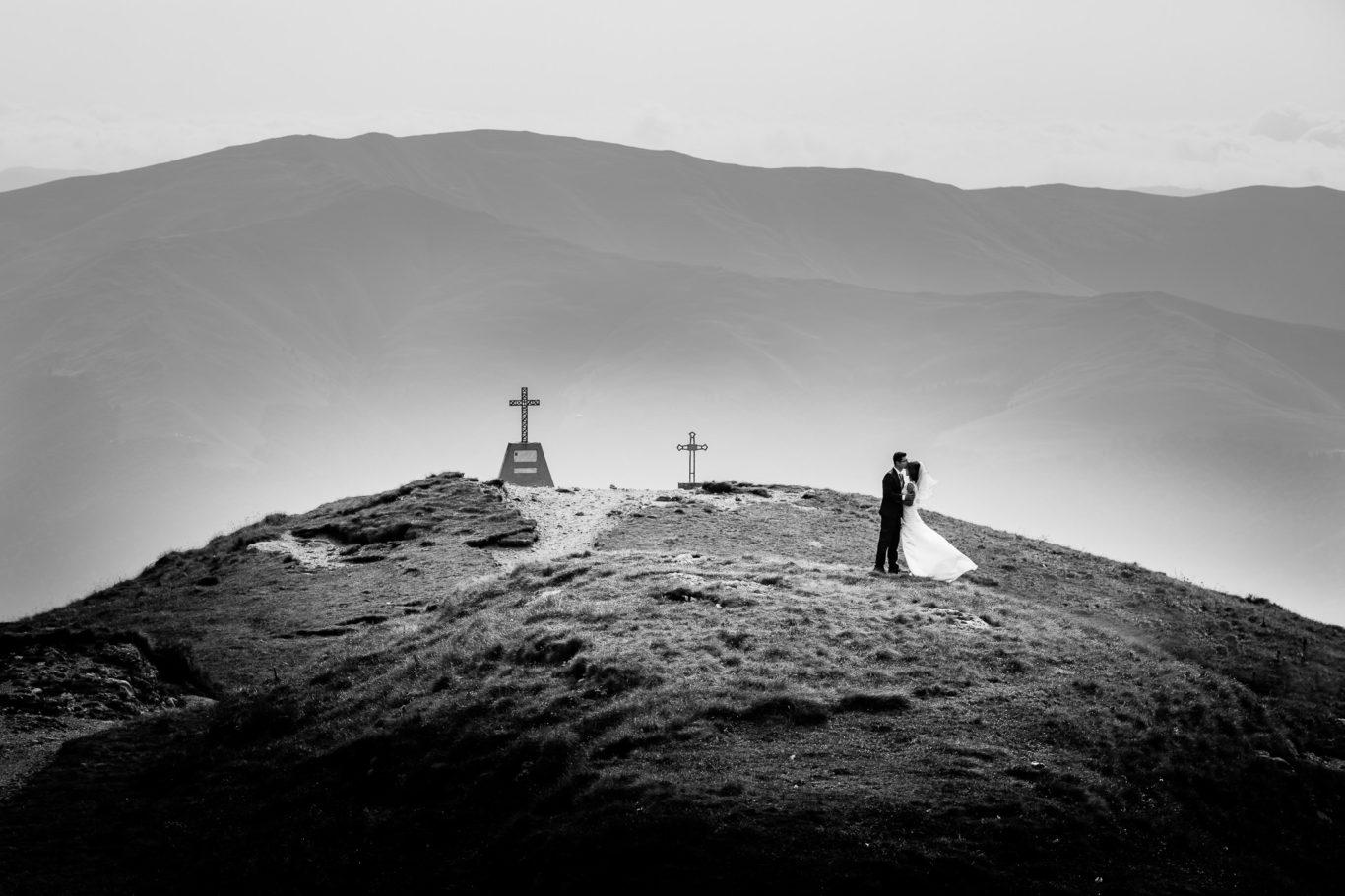 0177-trash-the-dress-bucegi-dana-radu-fotograf-ciprian-dumitrescu-cd2_9138