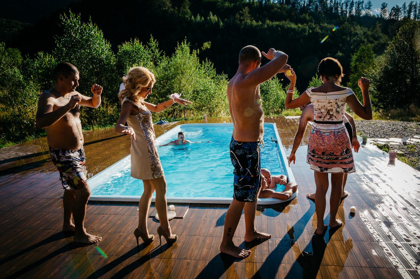 0408-fotografie-nunta-valea-de-pesti-vero-dani-fotograf-ciprian-dumitrescu-cd2_1361