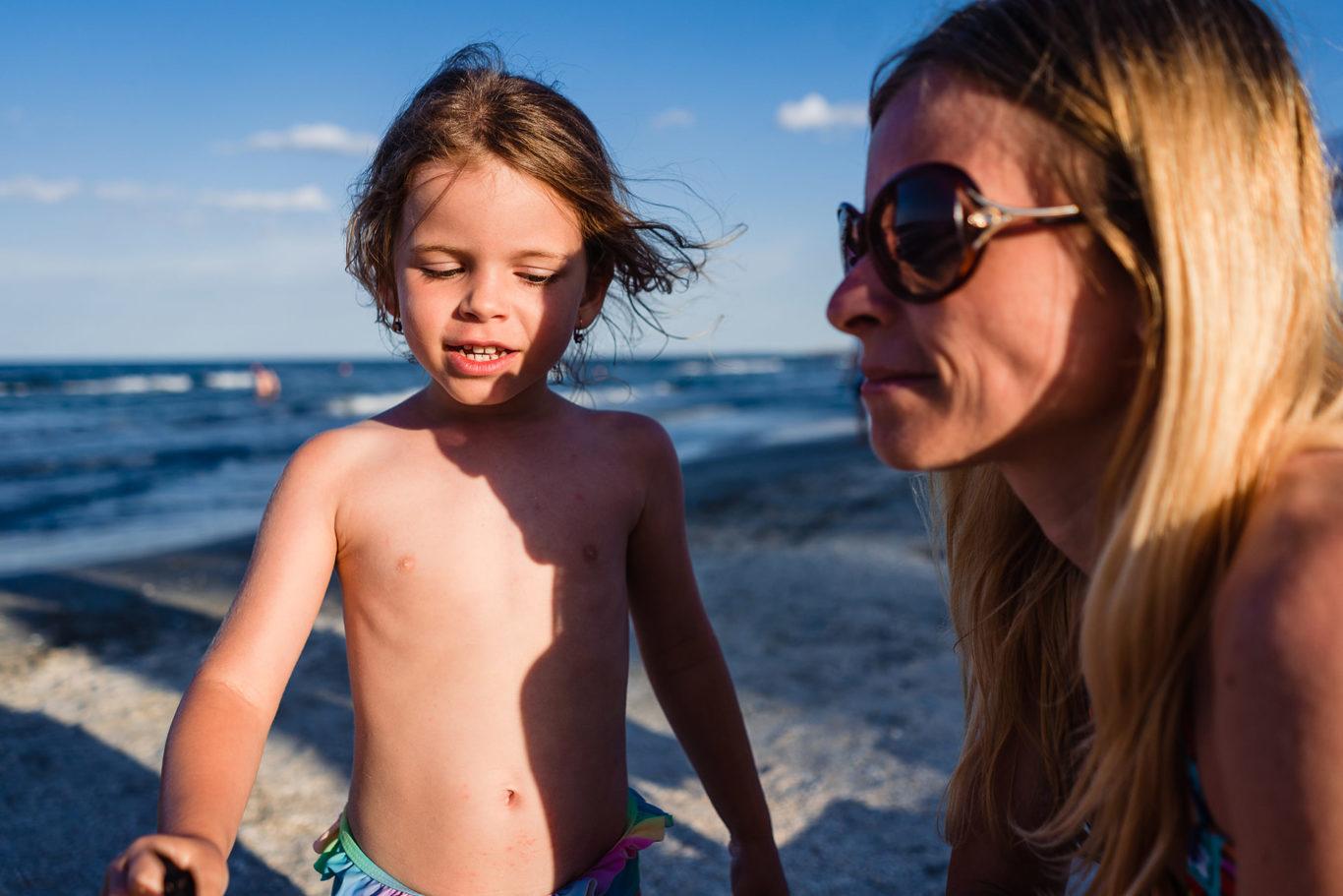 Cu mami la plaja - fotograf de familie Ciprian Dumitrescu