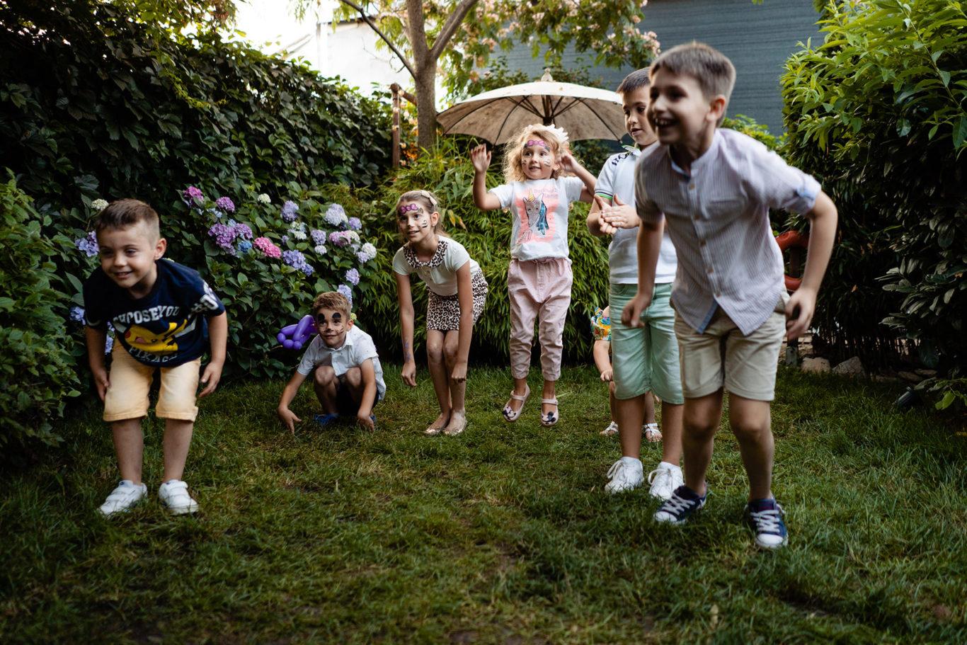 Fun play in the garden at Ochisoru - foto Ciprian Dumitrescu